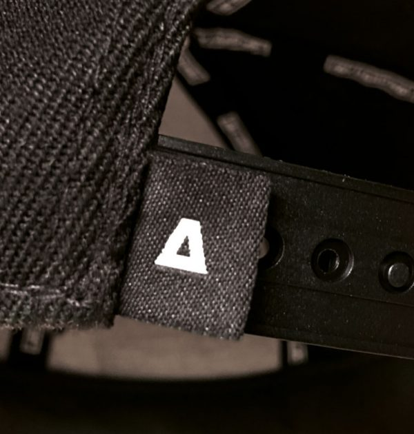 snapback-detail-strap